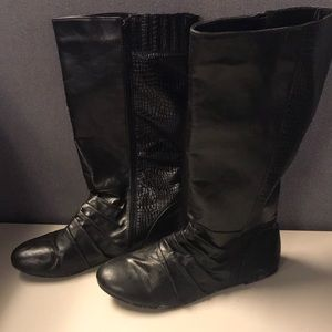 Shoes - Black Faux Leather Boots with Velvety Inside,Sz 10